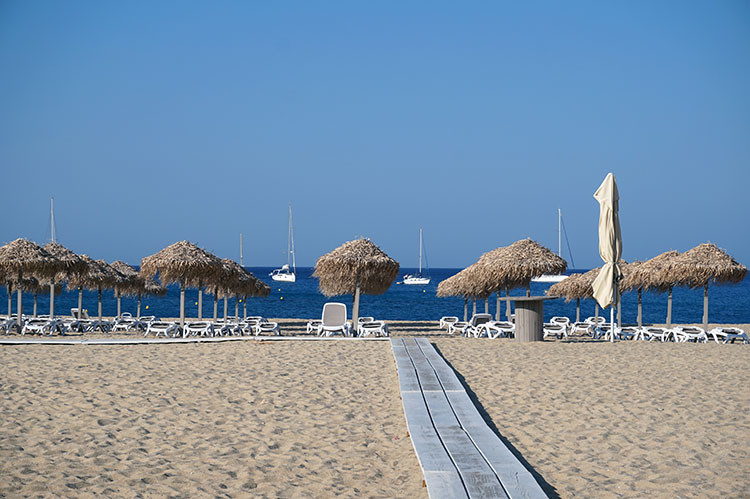 ios-grecia-plaja-1